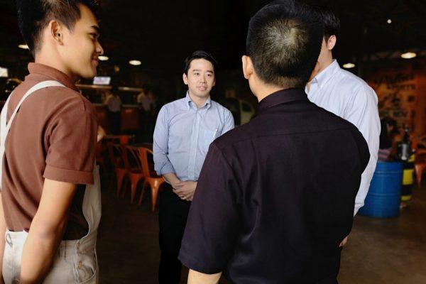 体験型学習(フィリピンのレストランで働く編)