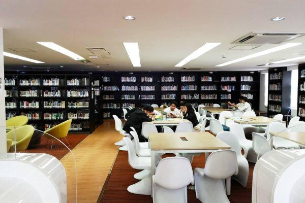 図書館(2)