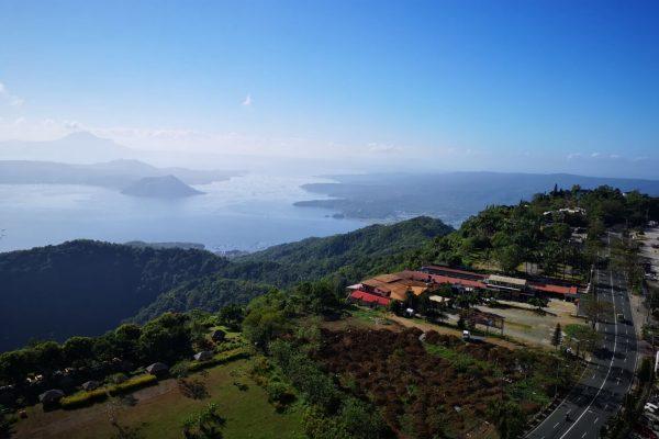 タガイタイで有名のタール湖
