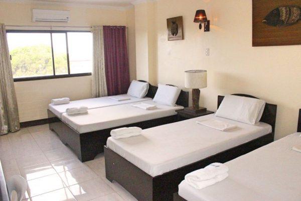 ホテル寮 4人部屋