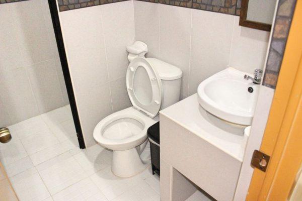 ホテル寮 シャワー&トイレ