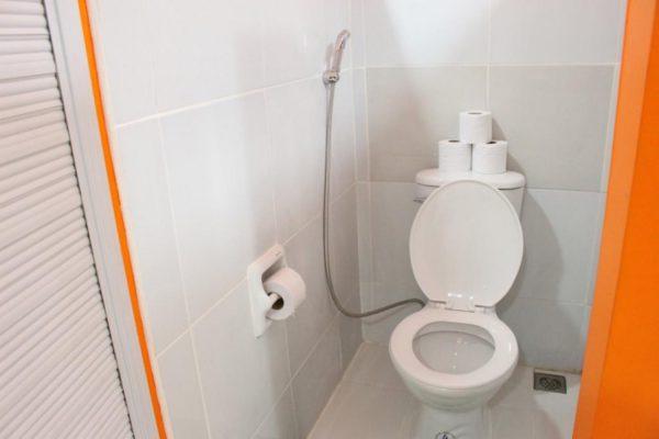 ルソン 共同トイレ・シャワー